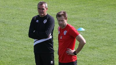 Chefcoach Robert Micheu und Co-Trainer Martin Lassnig