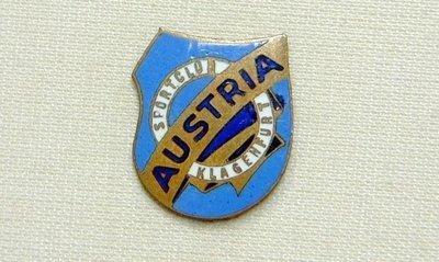 Pin_Austria_erstes_Wappen_blau_gelb