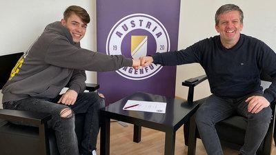 Tim Maciejewski und Geschäftsführer Sport Matthias Imhof