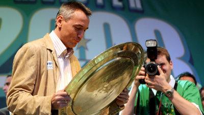 Peter Pacult wurde 2008 mit Rapid österreichischer Meister.